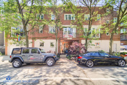 Photo of 917 W Roscoe Avenue, Unit Number B, CHICAGO, IL 60657 (MLS # 10455740)