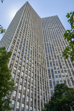 Photo of 2626 N Lakeview Avenue, Unit Number 604, CHICAGO, IL 60614 (MLS # 10456600)