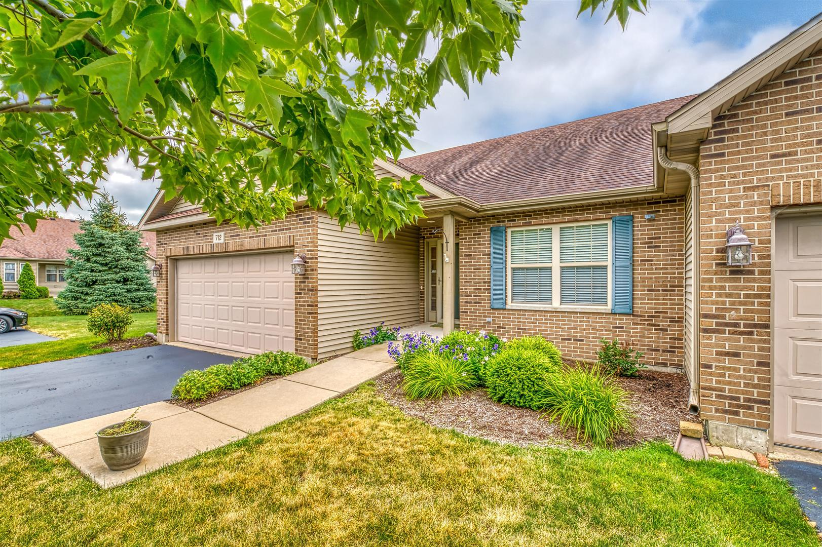 Photo for 712 Dolores Lane, SYCAMORE, IL 60178 (MLS # 10458543)