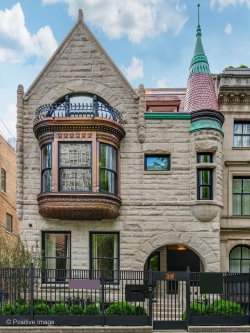 Photo of 1246 N Astor Street, CHICAGO, IL 60610 (MLS # 10461259)