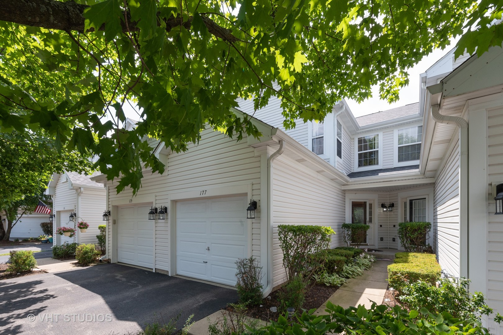 Photo for 177 Northlight Passe, LAKE IN THE HILLS, IL 60156 (MLS # 10463765)