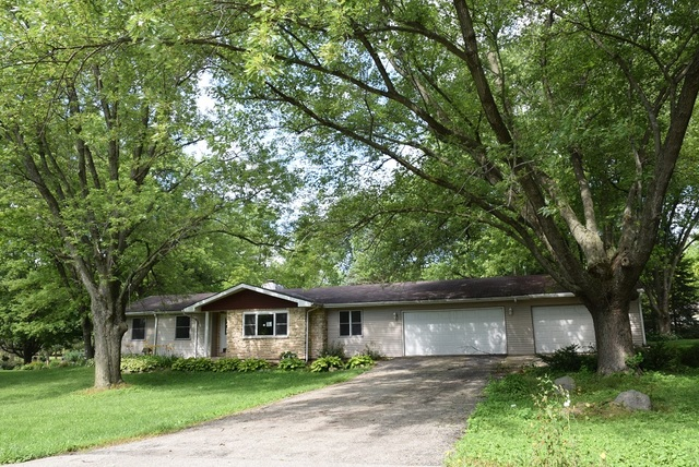 Photo for 2911 Skyline Drive, CRYSTAL LAKE, IL 60012 (MLS # 10475281)