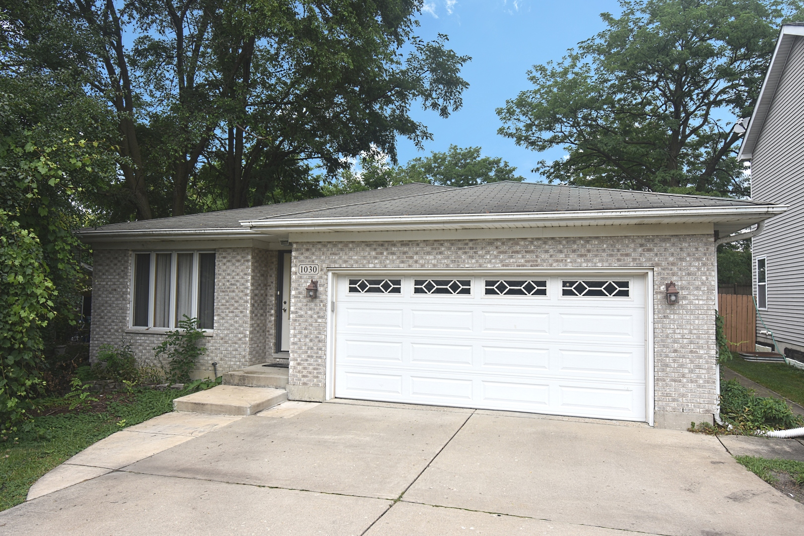 Photo for 1030 Adelia Street, DOWNERS GROVE, IL 60516 (MLS # 10478613)