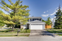 Photo of 870 Stonefield Place, ROSELLE, IL 60172 (MLS # 10480962)