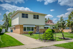 Photo of 616 White Oak Drive, ROSELLE, IL 60172 (MLS # 10482056)