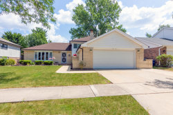 Photo of 7201 Kidwell Road, DOWNERS GROVE, IL 60516 (MLS # 10482698)