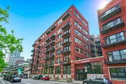 Photo of 226 N Clinton Street, Unit Number 417, CHICAGO, IL 60661 (MLS # 10486049)