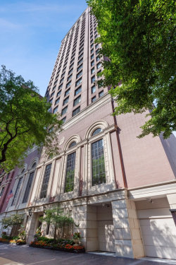 Photo of 1122 N Dearborn Street, Unit Number 21G, CHICAGO, IL 60610 (MLS # 10492275)