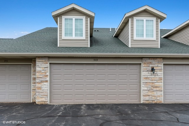 Photo for 949 Penny Lane, Unit Number 949, SYCAMORE, IL 60178 (MLS # 10494264)
