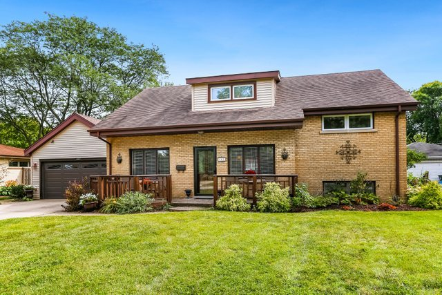 Photo for 447 Bunning Drive, DOWNERS GROVE, IL 60516 (MLS # 10496675)