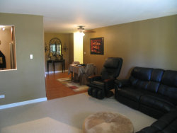 Tiny photo for 2422 N Kennicott Drive, Unit Number 2A, ARLINGTON HEIGHTS, IL 60004 (MLS # 10496790)
