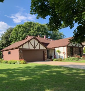Photo for 977 Butler Drive, Crystal Lake, IL 60014 (MLS # 10497595)