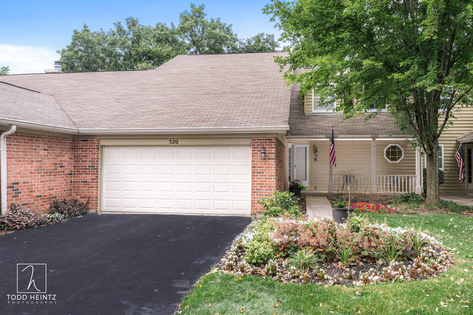 Photo for 520 Shagbark Drive, Elgin, IL 60123 (MLS # 10499993)