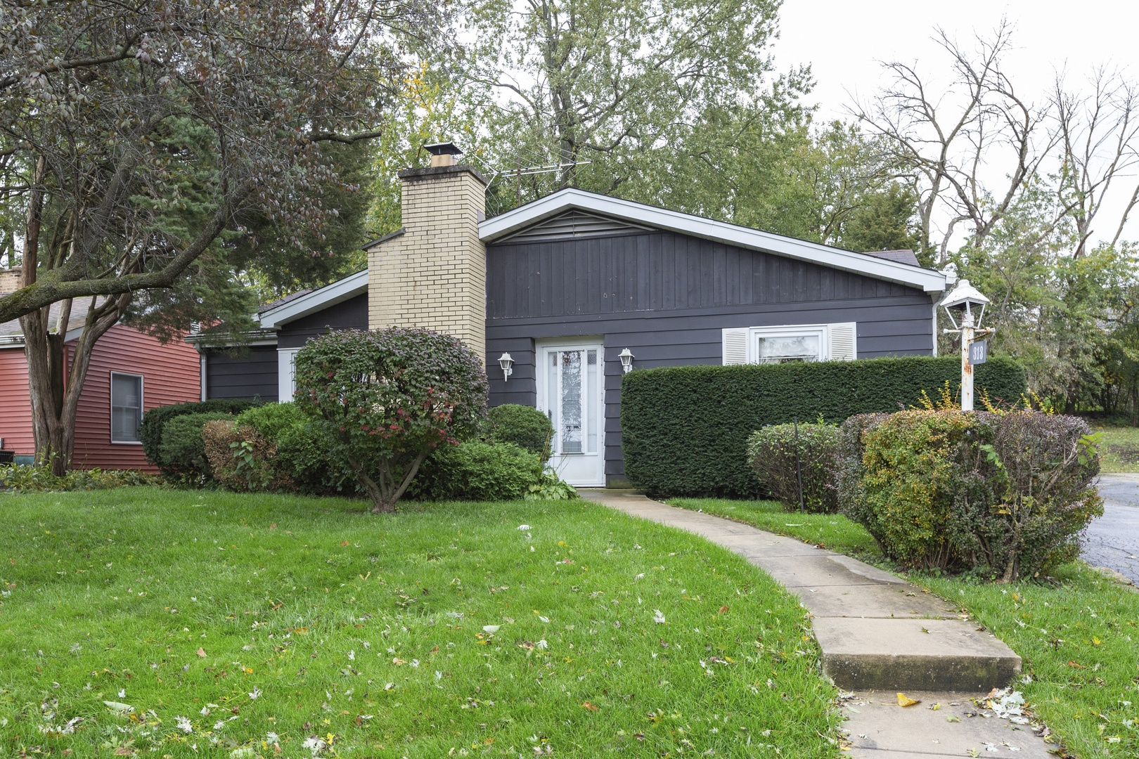 Photo for 313 Sheldon Avenue, Downers Grove, IL 60515 (MLS # 10505935)