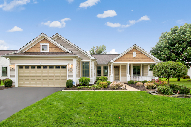 Photo for 11637 Stonewater Crossing, Huntley, IL 60142 (MLS # 10506017)