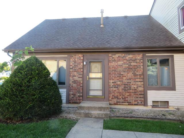 Photo for 1521 Timberwood Court, Unit Number 1521, Sycamore, IL 60178 (MLS # 10506978)