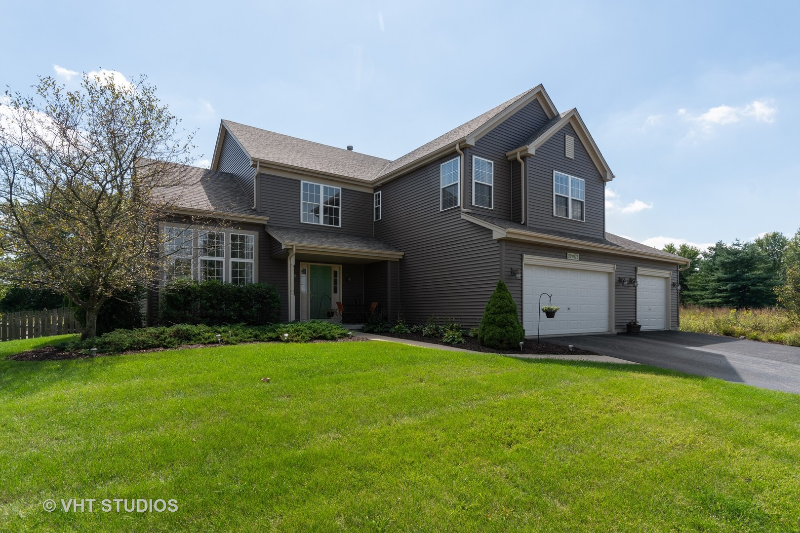 Photo of 39W175 South Hyde Park S, GENEVA, IL 60134 (MLS # 10514890)