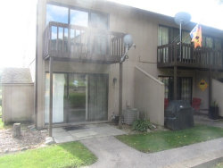 Photo of 57 Vail Colony, Unit Number 9, FOX LAKE, IL 60020 (MLS # 10518164)