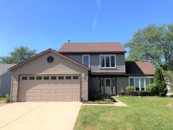 Photo of 1054 Bothwell Circle, BOLINGBROOK, IL 60440 (MLS # 10518304)