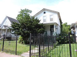 Photo of 724 N Long Avenue, CHICAGO, IL 60644 (MLS # 10518748)