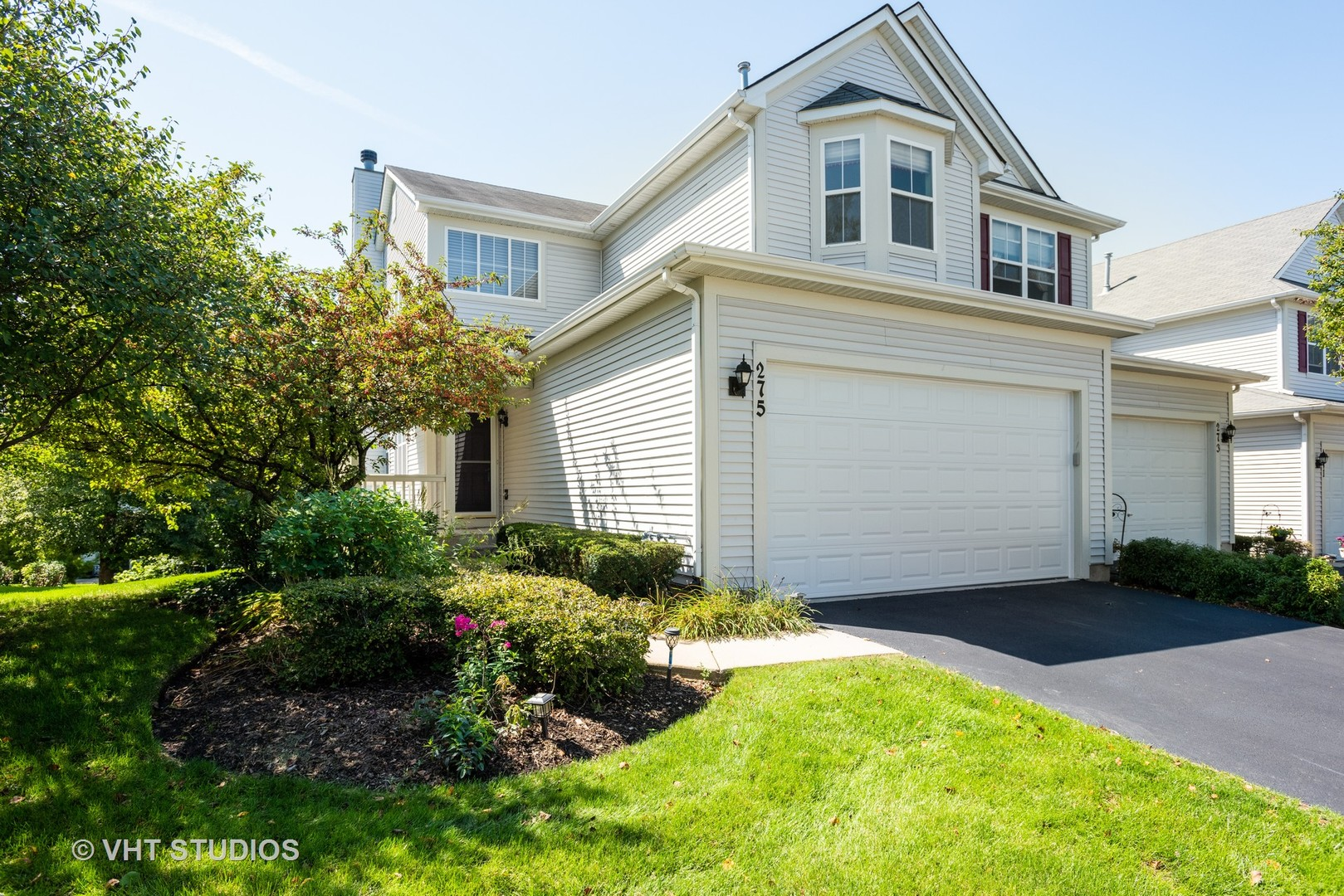 Photo for 275 Tower Hill Drive, St. Charles, IL 60175 (MLS # 10519505)