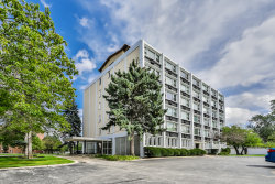 Photo of 5975 N Odell Avenue, Unit Number 5F, CHICAGO, IL 60631 (MLS # 10521403)
