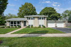 Photo of 403 N Stratford Road, ARLINGTON HEIGHTS, IL 60004 (MLS # 10524365)