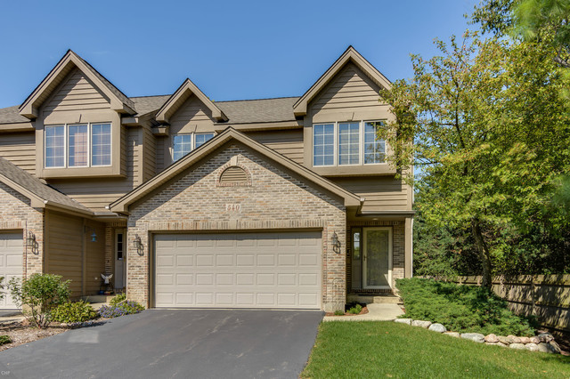 Photo for 540 Silver Aspen Circle, Crystal Lake, IL 60014 (MLS # 10526381)