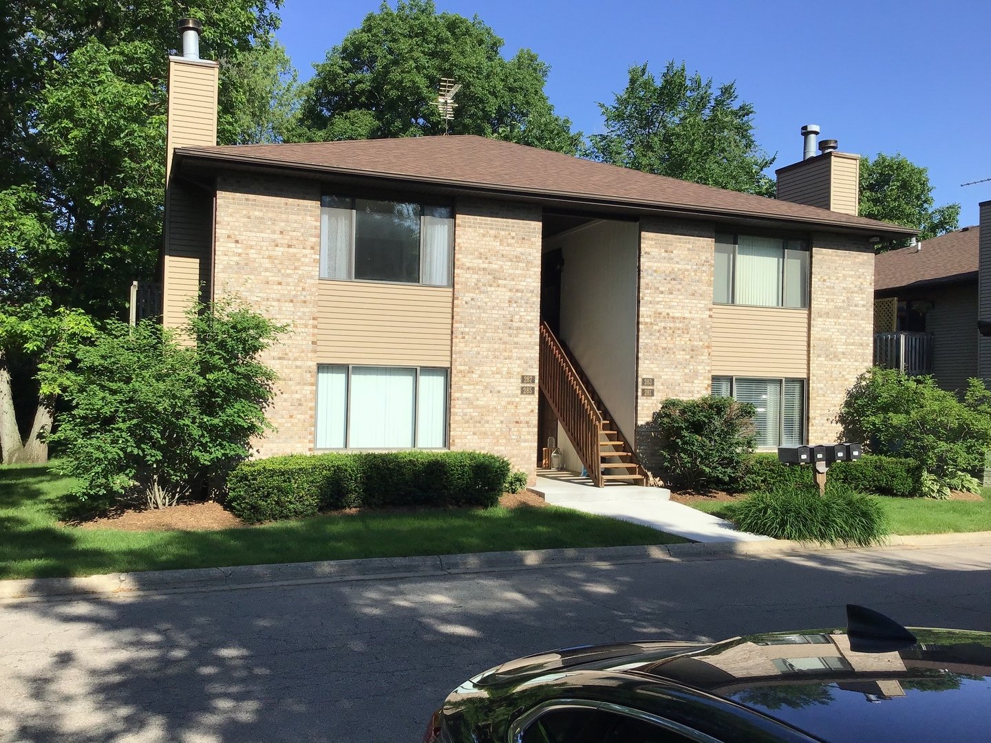 Photo for 287 S Harrison Street, Unit Number 287, Geneva, IL 60134 (MLS # 10528008)