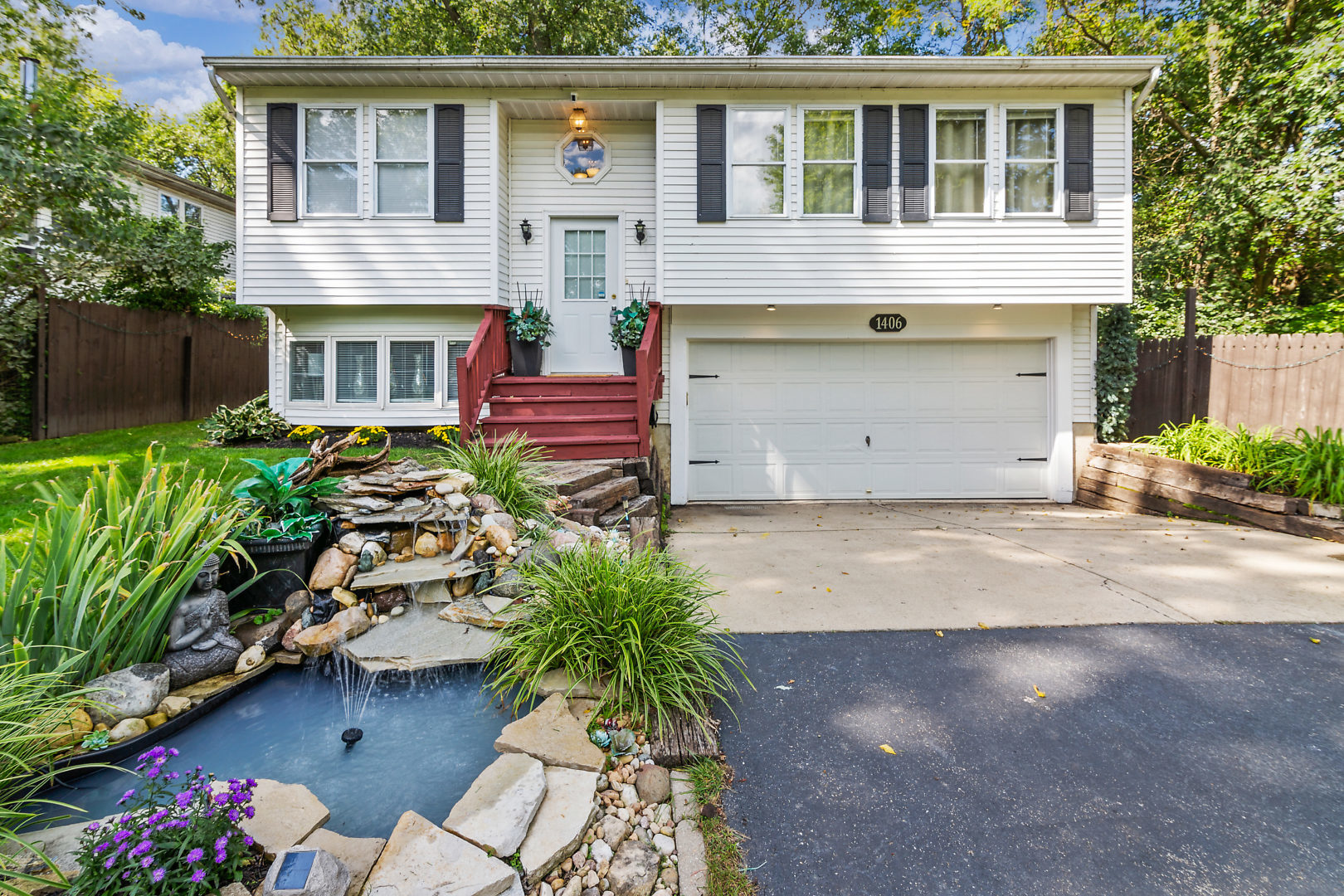 Photo for 1406 Cary Road, Algonquin, IL 60102 (MLS # 10529474)