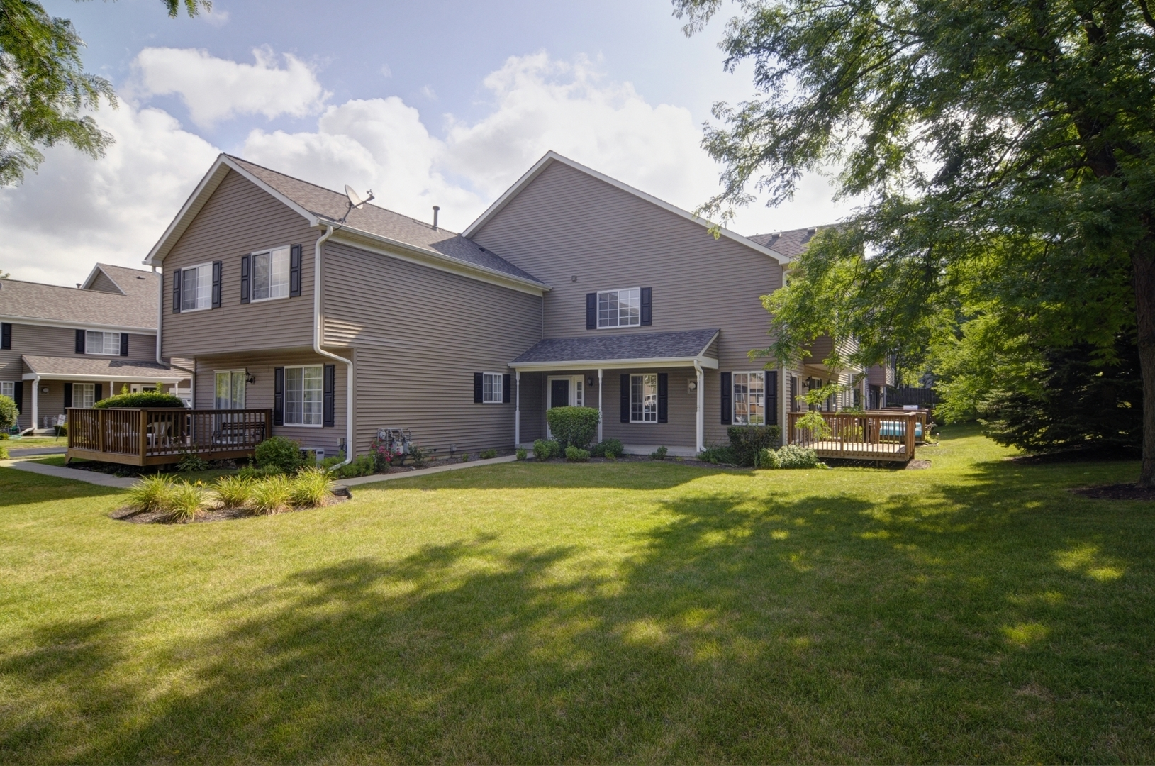 Photo for 442 Village Creek Drive, Unit Number 442, Lake In The Hills, IL 60156 (MLS # 10532029)
