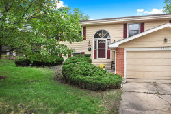 Photo of 1965 Oakdale Road, Hoffman Estates, IL 60169 (MLS # 10541168)