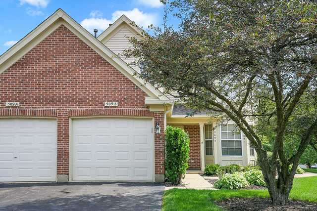 Photo for 509 Pembrook Court N, Unit Number B, Crystal Lake, IL 60014 (MLS # 10542905)