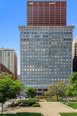 Photo of 330 S Michigan Avenue, Unit Number 1513, Chicago, IL 60604 (MLS # 10549238)