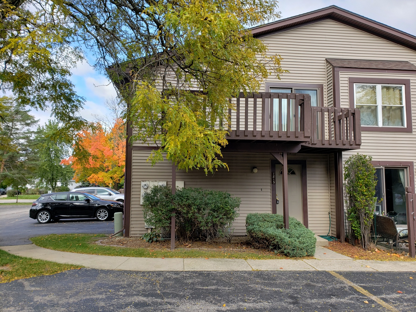 Photo for 1815 Raintree Court, Unit Number 1815, Sycamore, IL 60178 (MLS # 10550753)