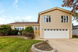 Photo of 360 Loveland Drive, Glendale Heights, IL 60139 (MLS # 10563469)