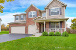 Photo of 34W429 Valley Circle, St. Charles, IL 60174 (MLS # 10563874)