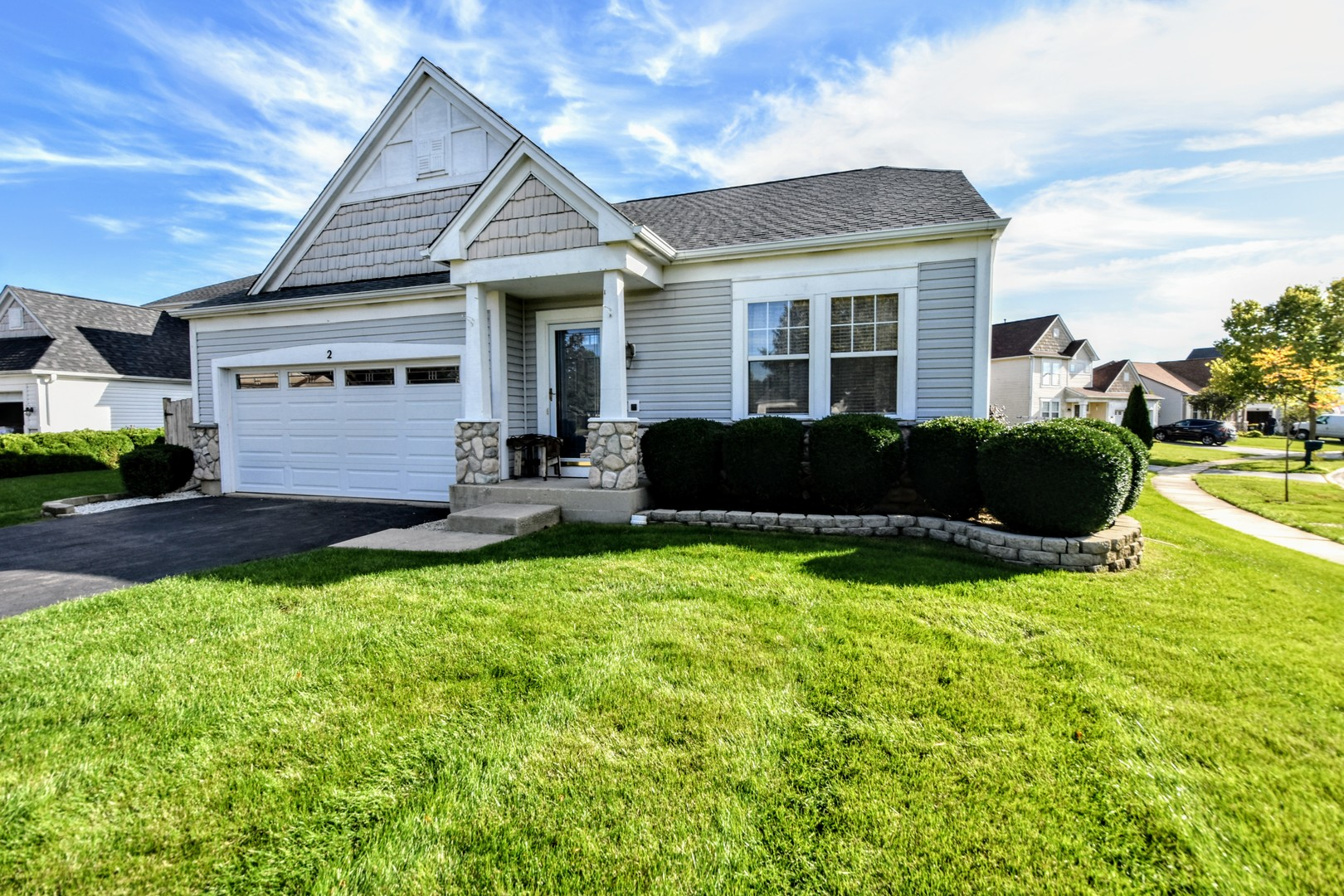 Photo for 2 Wexford Court, Lake In The Hills, IL 60156 (MLS # 10564507)