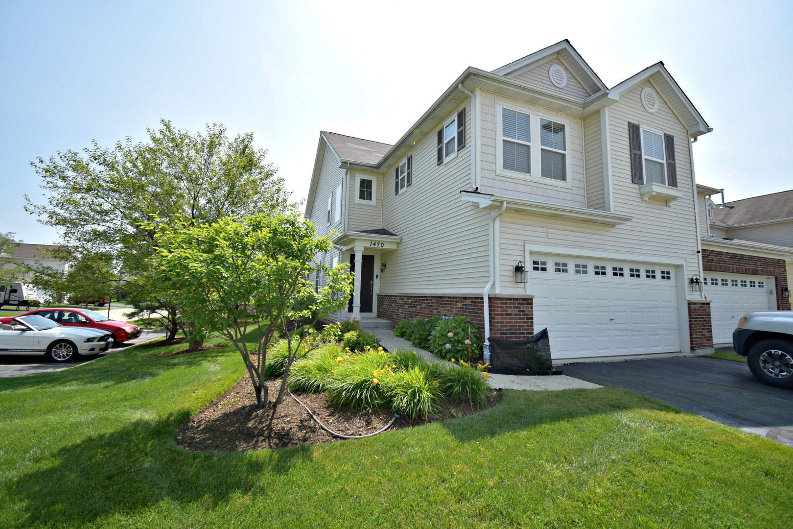 Photo for 1470 Yosemite Circle, Crystal Lake, IL 60014 (MLS # 10567078)