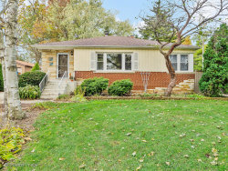 Photo of 900 Meadowlawn Avenue, Downers Grove, IL 60516 (MLS # 10567784)