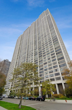 Photo of 2800 N Lake Shore Drive, Unit Number 913, Chicago, IL 60657 (MLS # 10569184)