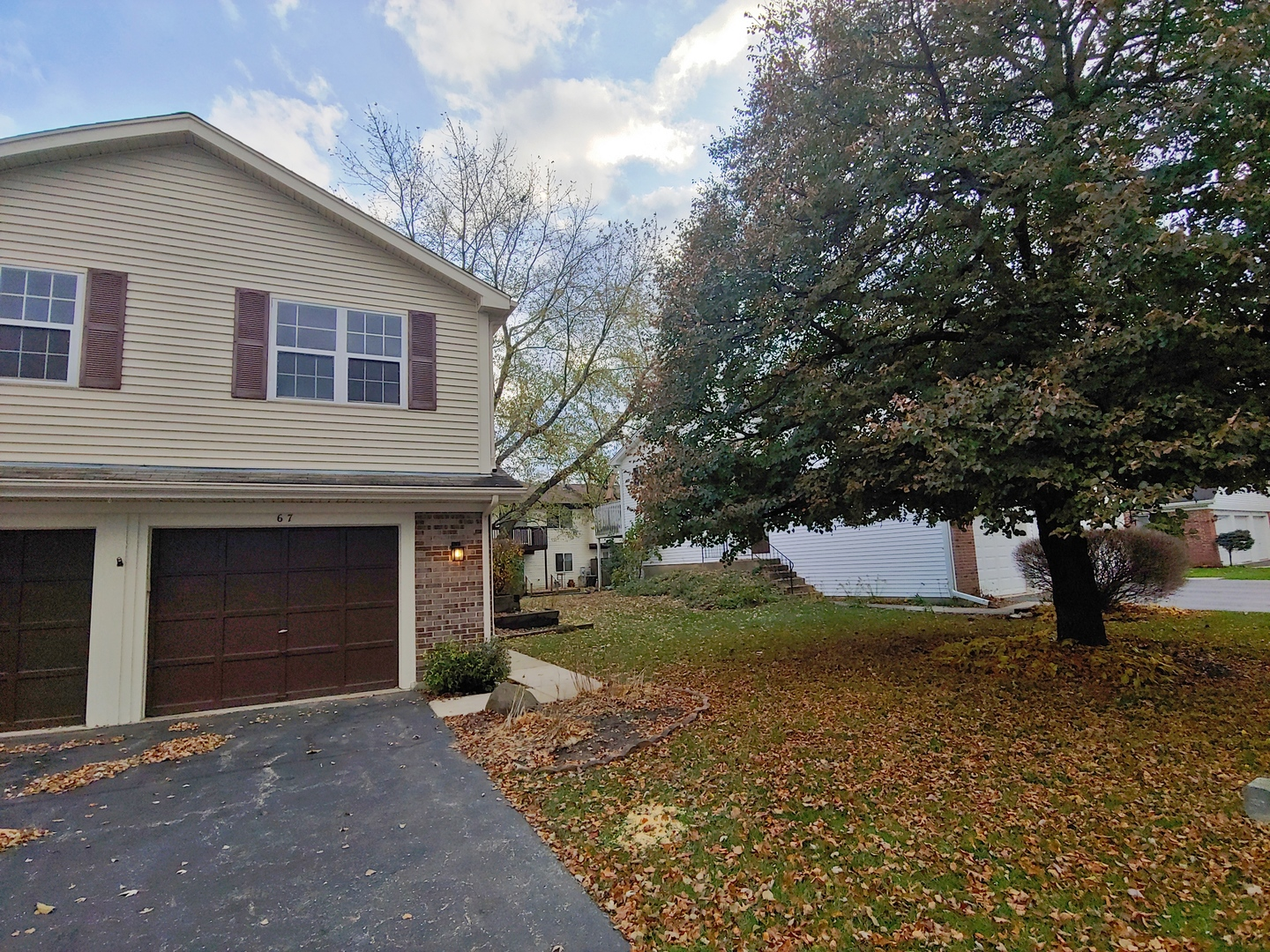 Photo for 67 Willow Circle, Cary, IL 60013 (MLS # 10570049)