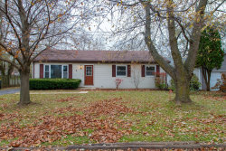 Photo of 1 Wander Way, Lake In The Hills, IL 60156 (MLS # 10572814)