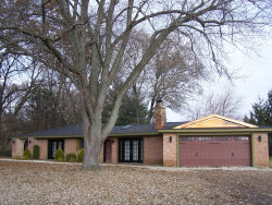 Photo of 4004 Mccullom Lake Road, McHenry, IL 60050 (MLS # 10573947)