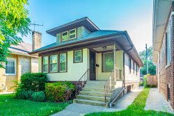 Photo of 6320 N Maplewood Avenue, Chicago, IL 60659 (MLS # 10577691)