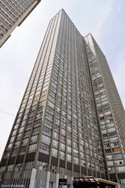 Photo of 655 W Irving Park Road, Unit Number 1605, Chicago, IL 60613 (MLS # 10578302)