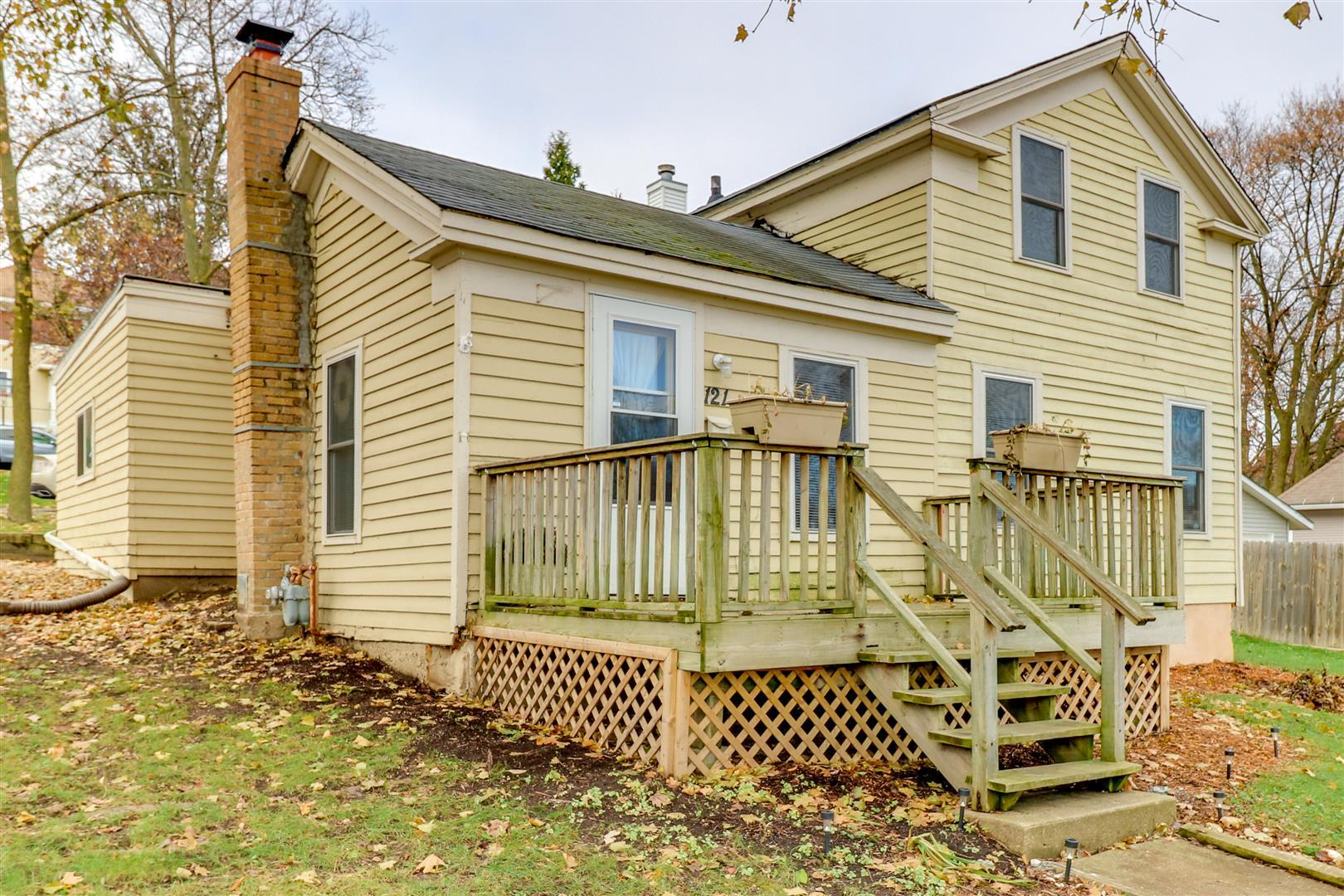 Photo for 121 S 4th Street, St. Charles, IL 60174 (MLS # 10580615)