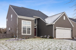 Photo of 1570 Autumncrest Drive, Crystal Lake, IL 60014 (MLS # 10585216)
