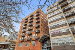 Photo of 500 S Clinton Street, Unit Number 624, Chicago, IL 60607 (MLS # 10585351)