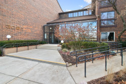 Photo of 3085 Pheasant Creek Drive, Unit Number 311, Northbrook, IL 60062 (MLS # 10586404)
